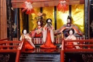 柳町の民家所蔵の雛人形(時代不詳)HP